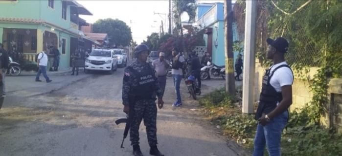 Policía SDE en operativos y chequeos permanentes en toda la zona