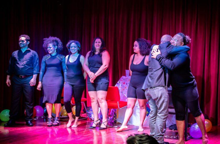 Estrenan con éxito en NY obra de teatro «Hartas» sobre violencia doméstica inducida por el alcohol y las drogas