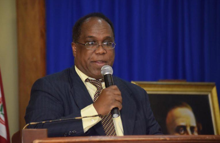 Comisionado Dominicano de Cultura ratifica participación del intelectual Manuel Núñez Primera Feria Cultural y XII del Libro